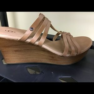 Ugh W Mattie Wedge NWT Size 10